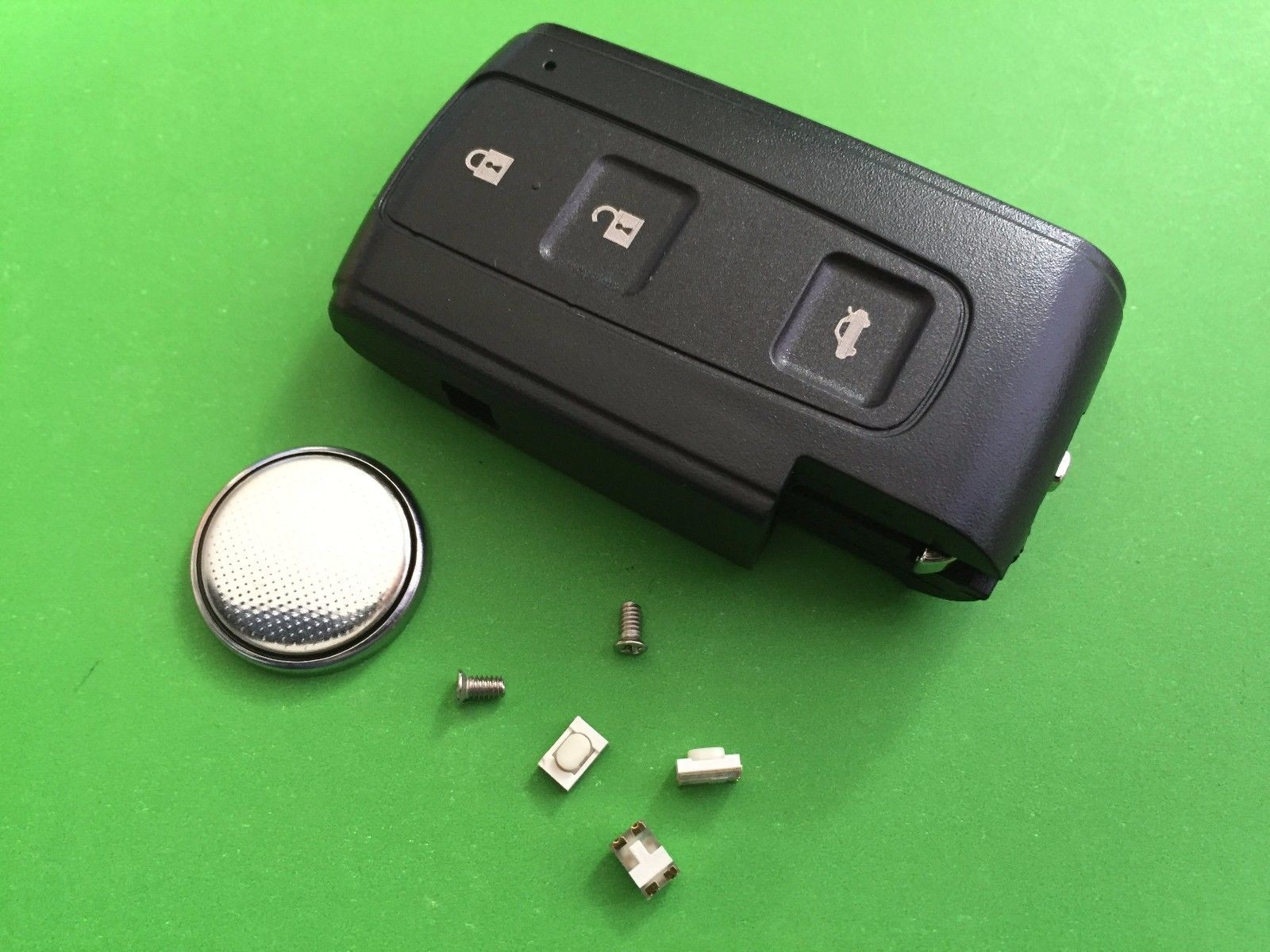 Repair kit for Toyota Corolla Verso Prius Crown 3 Button Smart Remote Key