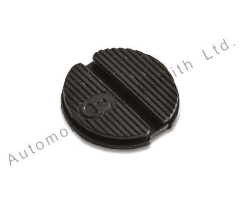 Rubber pad for Nissan Micra Primera Almera X-trai Navara 2 button remote key