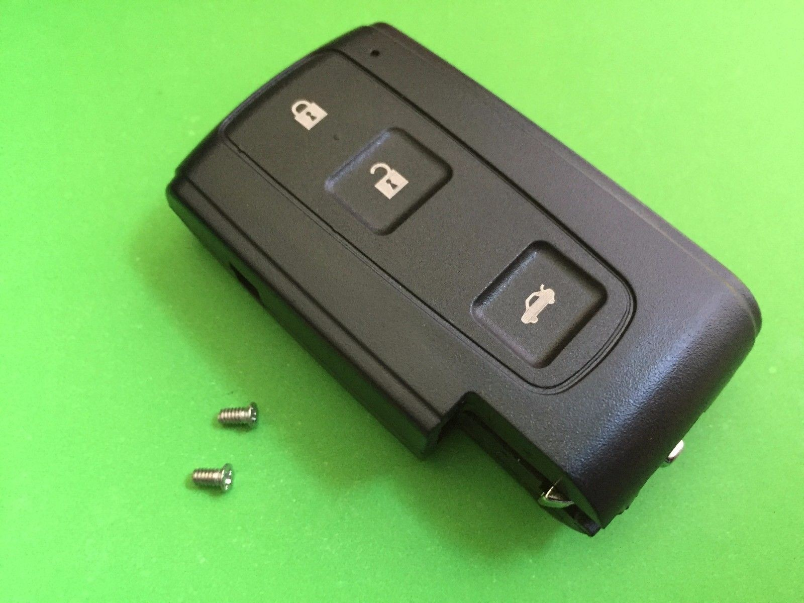 For Toyota Corolla Verso Prius Crown 3 Button Smart Remote Key Case Shell